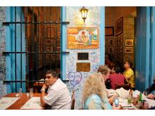 Her på La Bodeguita del Medio-baren i Havana plejede Hemingway at drikke sin Mojito. Til vinter kan baren blive en del af ferieoplevelsen for gæsterne på Spies' syv flyvninger til Cuba.