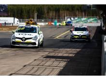 Albin Wärnelöv, Marcus Annervi. Renault Clio Cup Skövde