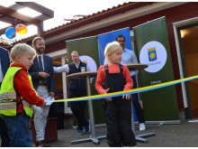 Bandklippning vid invigningen av Näckrosens förskola