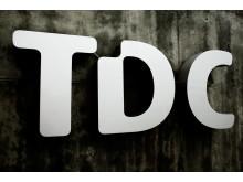 TDC's indgangsparti med logo