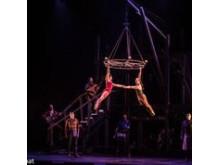 Nycirkus på vilda västern tema med kanadensiska Cirque Eloize