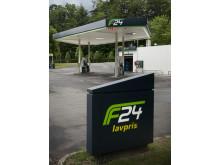 F24 Pylon