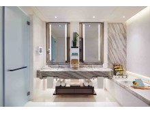 Sofitel Singapore City Center - Prestige Suite Bathroom