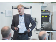 Lindab's R&D Manager for indoor climate solutions, professor Göran Hultmark, led an interactive workshop where Lindab's Pascal and Solus systems were discussed.