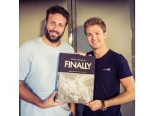 Viva con Agua Unterstützer Paul Ripke & Nico Rosberg