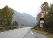 I Utladøla er det også et varslingsystem som sikrer bilister fra å kjøre inn i et mulig snøras.