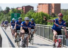 Gran Fondo Stockholm 2014 cyklister på bro