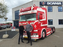 Levering af ny Scania til Sejer og Sønnichsen A/S