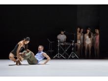Emanuel Gat Dance: SUNNY_PRESS