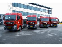 De første fire lastbiler ud af en større handel er nu leveret til HCS A/S