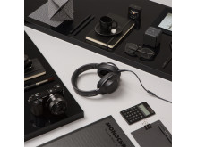 Sony_h.ear on_Design_Square_Kohlschwarz_01