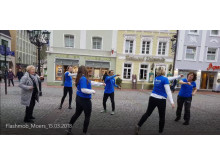 Rücken-Flashmob in Moers