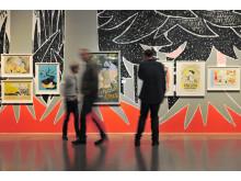 Besökare till utställningen Lusten att skapa och leva Göteborgs konstmuseum Foto: Hossein Sehatlou