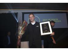 """Produktchef Elias Kämpe tar emot pris för """"Årets röda vin 2015"""" - Guld till Le Volte dell'Ornellaia!"""