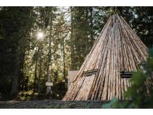 Skogsmulleriket på Billingen i Skövde – fjällfinas kåta