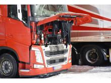Klesvask tørker på utenlandsk lastebil ved Fugleåsen døgnhvileplass