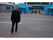 Nordkorea inifrån med Michael Palin visas på National Geographic söndag den 2 december kl 22.00  samt söndag den 9 december kl 22.00.