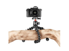 Joby Gorillapod 3K Pro Photo_Tripod_JOBY_GP_3K-PRO-Kit_JB01566-BWW_wraped_hanging_above_DSLR