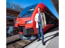 Johan Söör framför tåget