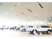 Bilar i bilhall