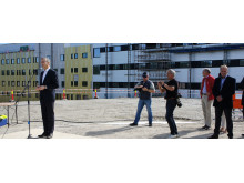 Østfold Sygehus - den norske sundhedsminister, Jonas Gahr Støre, holder tale