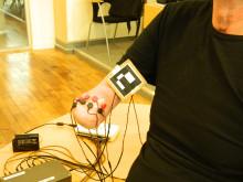 Fantomsmärte-behandling: Elektroder på huden