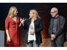 Sanierungspreis 16 Bauherr: Moderatorin Andrea Grießmann, Bauherrin Katja May, Elmar Haag-Schwilk/Bauen & Renovieren