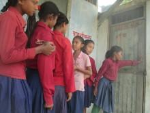 Flickornas toalett i skolan