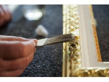 Framing in gold