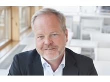 Arnold Stifors, försäljningsdirektör