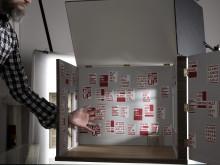 14 RED PRINTS – Interior – Lars Fuhre