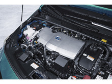 2016-toyota-prius-plug-in-hybrid-11