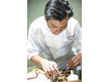 Roger Asakil Joya ist der Chefkoch im nun mit einem Michelin-Stern prämierten Sabi Omakase in Stavanger