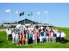 Deltagande kändisar och golfproffs
