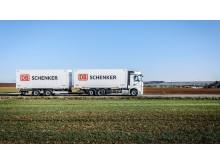 DB-Schenker-Lastbil-03_1920x1080