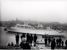 Kungsholms första ankomst till Göteborg år 1966 .Tillhör samlingar Sjöfartsmuseet Akvariet.
