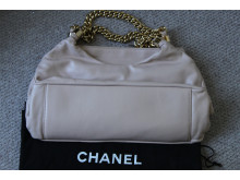 Lon 05 14 Chanel Handbag