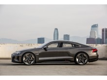 Audi e-tron GT concept (kinetic dust) fra siden