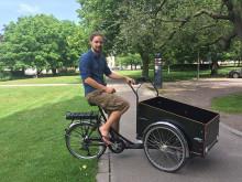Smidigare med lastcykel för fotograf med tung utrustning
