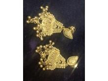 Image of stolen earrings
