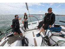 High res image - Raymarine - Sailing competitors using AIS