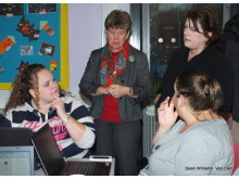 Finance Minister Jane Hutt AM attended a Communities First Parents Network digital inclusion class (Picture: Van Cam Camera Club)
