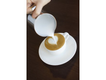 How to make a coffee heart - Step 4