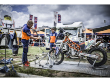 Mechanics Matthias Walkner Dakar