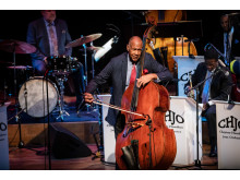 John Clayton och Clayton-Hamilton Jazz Orchestra