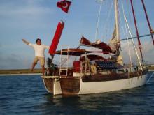 Bu yılki  Caretta Caretta Yat Rallisinde Karpaz Gate Marina'nın özel konuğu  Ünlü Denizci Özkan Gülkaynak