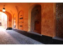 Münters indskrifter indmuret i Bispegårdens portrum