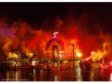 """Magische Momente beim Bergen International Festival: Die Inzenierung """"Water Fools"""" der französischen Gruppe Ilotopie"""