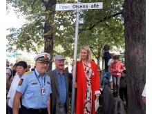 Egon-Olsens-Alle-avduking-696x568