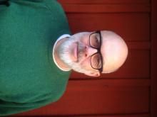 Dan Wolgers startar skrivträning på Konstskolan Basis